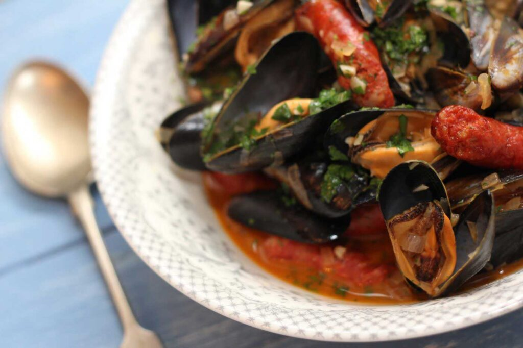 Mussels with Chistorra Sausage and Txakoli