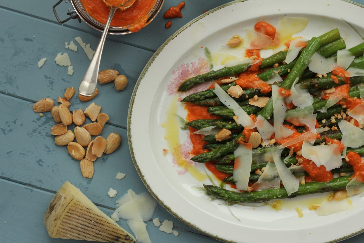 Grilled Asparagus with Manchego Cheese and Romesco Sauce