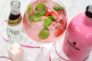 Sikkim Fraise Gin and Tonic