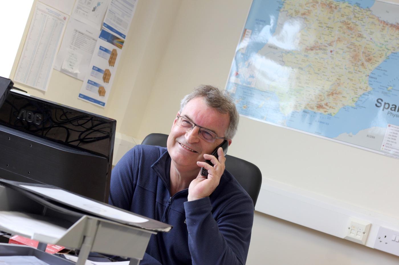 Job Vacancy ǀ Customer Services Advisor ǀ £20,000 p.a.