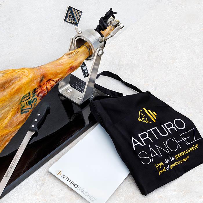 Arturo Sánchez Supreme Carving Set